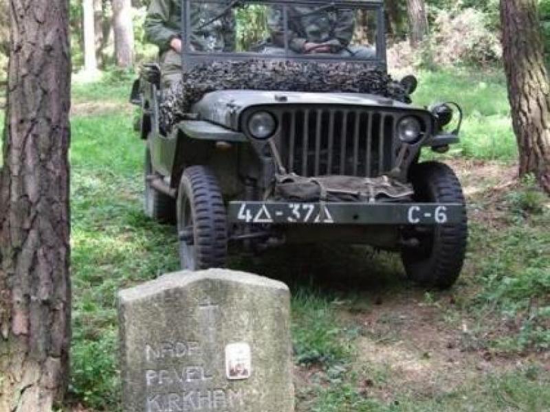 Návrat do minulosti – Army den