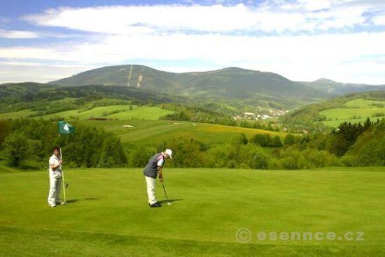 Víkend s golfem v Krkonoších