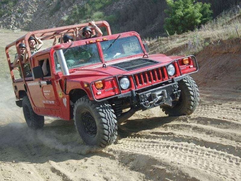 Řízení legendárního vozu Humvee